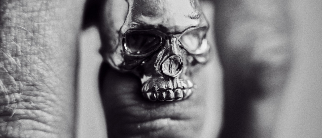 Skin & Bone jawless skull ring in black and white